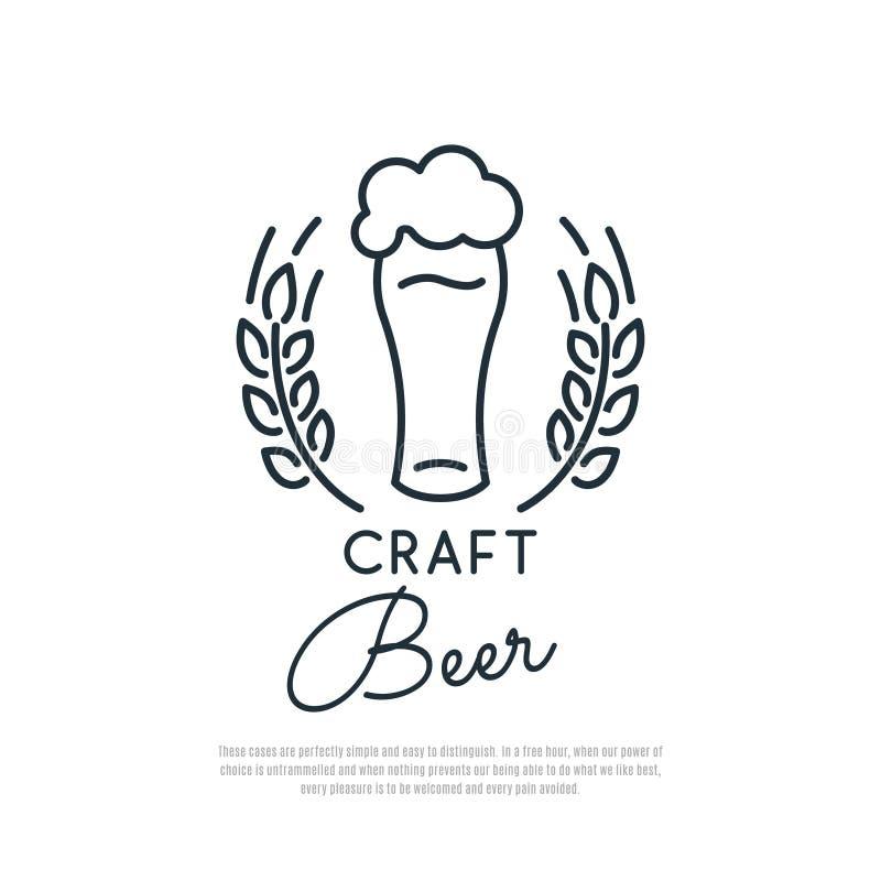Het pictogram van het ambachtbier Glas bier met schuim en aartjes van tarwe vector illustratie