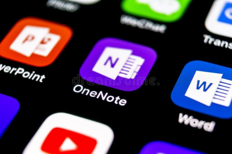 Het pictogram van de het bureautoepassing van Microsoft OneNote op Apple-iPhone X het schermclose-up Microsoft Één Notaapp pictog stock foto's