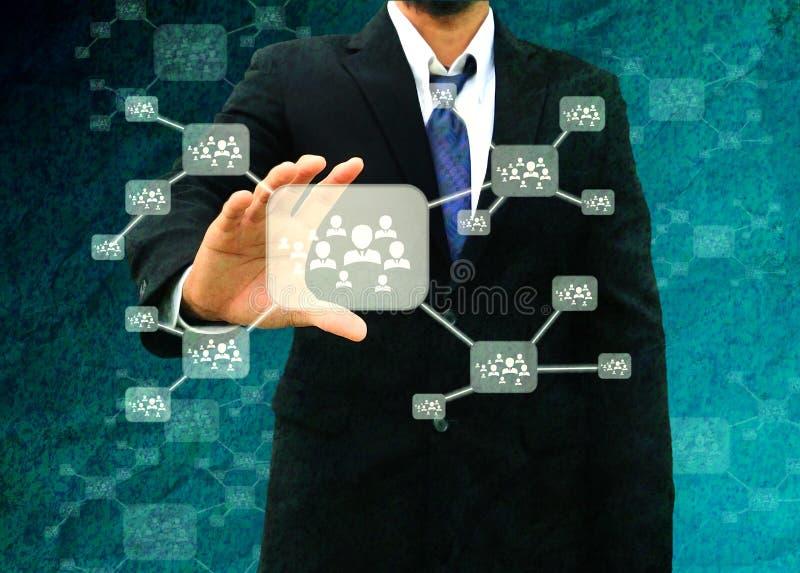 Het pictogram van de zakenmanholding van sociaal netwerk in de oude document Tekst royalty-vrije stock foto's