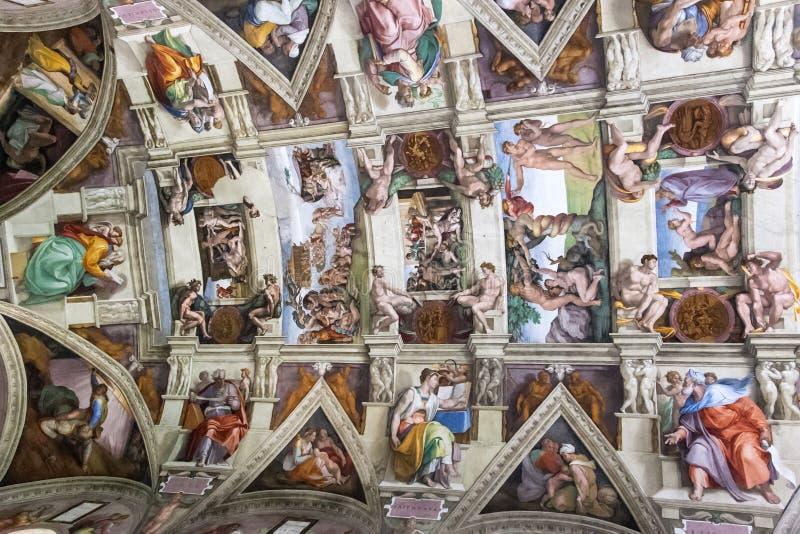 Het plafond van de Sistinekapel, Vatikaan, Rome stock afbeeldingen