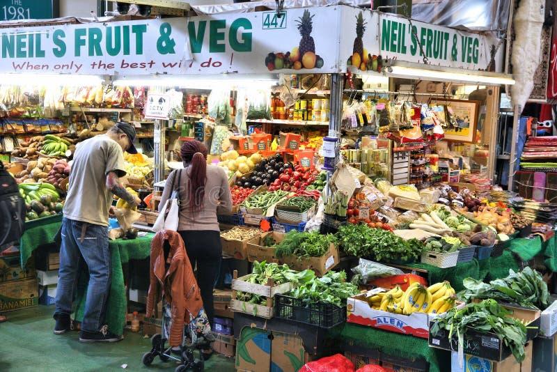 Het plantaardige winkelen, het UK stock afbeelding