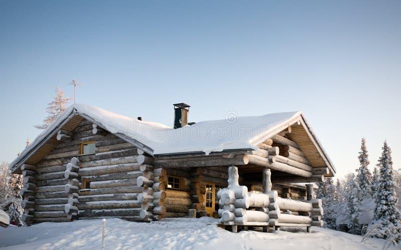 Het plattelandshuisje van de winter royalty-vrije stock fotografie