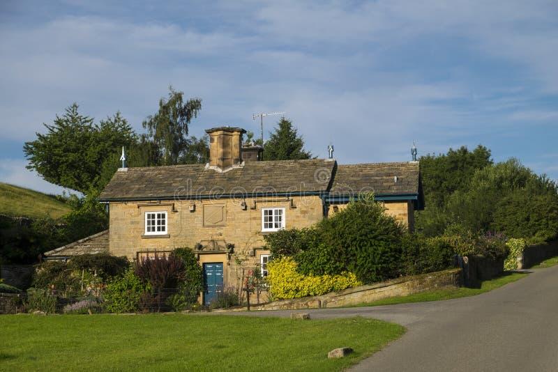 Het plattelandshuisje van het land in Engeland stock foto's