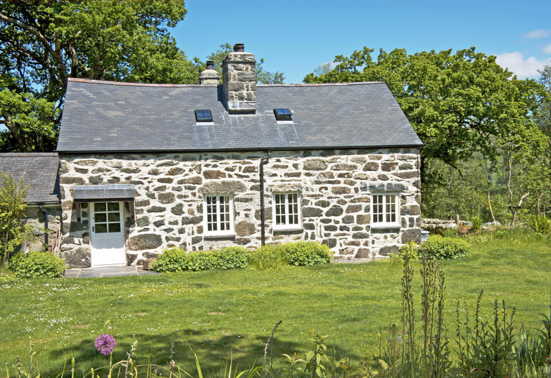 Het Plattelandshuisje van het land, Wales. stock fotografie