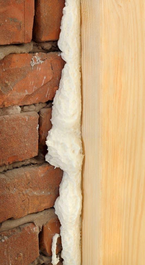 Het polyurethaan voor deur of het venster installeert royalty-vrije stock foto