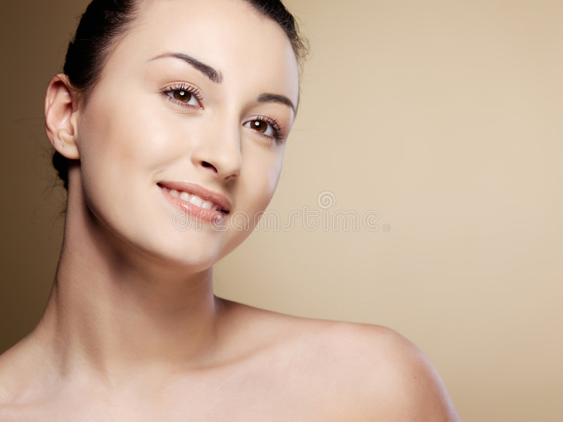 Het portret jonge vrouw van de close-up royalty-vrije stock afbeeldingen