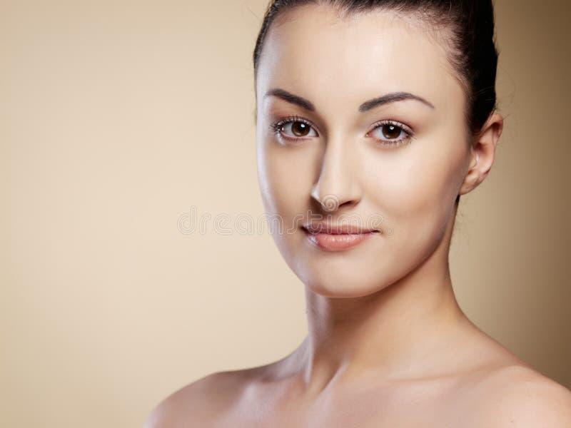 Het portret jonge vrouw van de close-up royalty-vrije stock foto