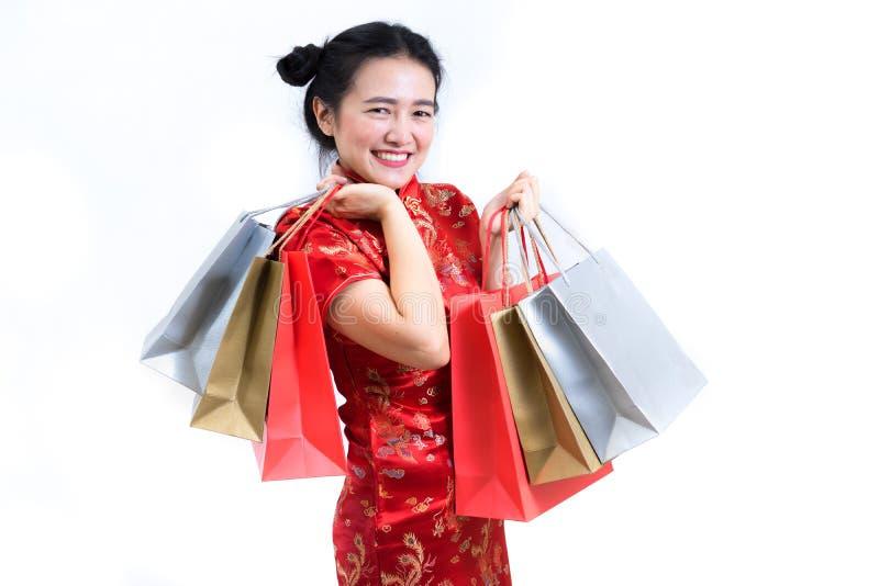 Het portret van Aziatische vrouw in traditionele Chinees snakt kleding, cheon royalty-vrije stock afbeelding