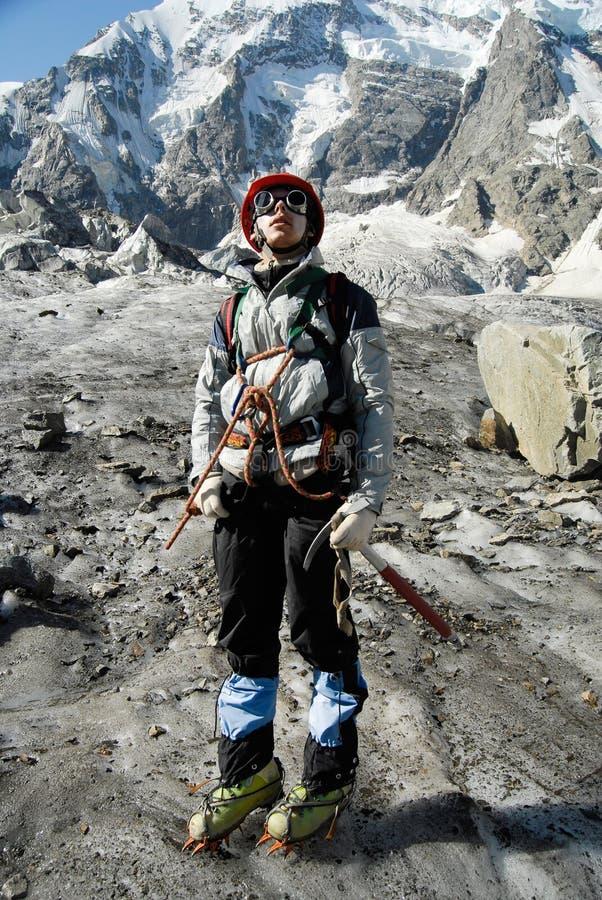 Het portret van de bergbeklimmer stock fotografie