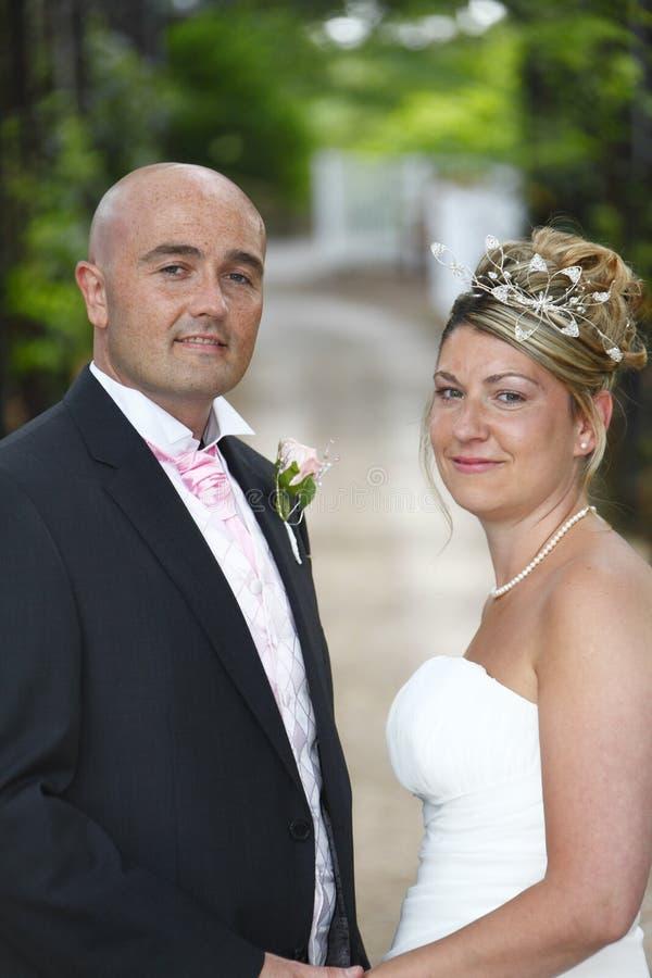 Het Portret Van De Bruid En Van De Bruidegom Stock Foto's