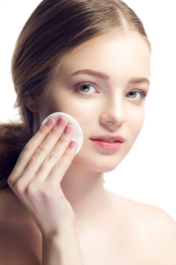 Het portret van de close-up van jonge mooie vrouw met perfecte huid app royalty-vrije stock fotografie