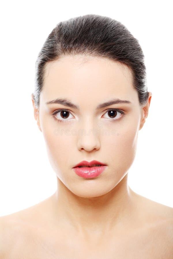 Het portret van de close-up van jong mooi vrouwengezicht royalty-vrije stock afbeelding