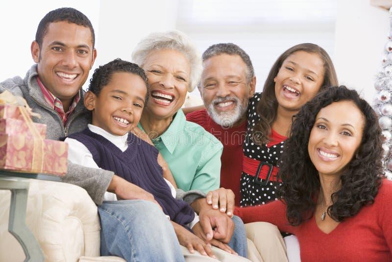 Het Portret van de familie bij Kerstmis royalty-vrije stock foto