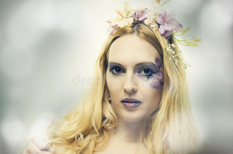 Het portret van de manier van mooie vrouw. Fee stock afbeelding