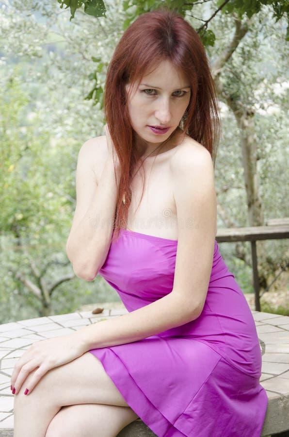 Het portret van de manier van sensuele jonge vrouw royalty-vrije stock foto's