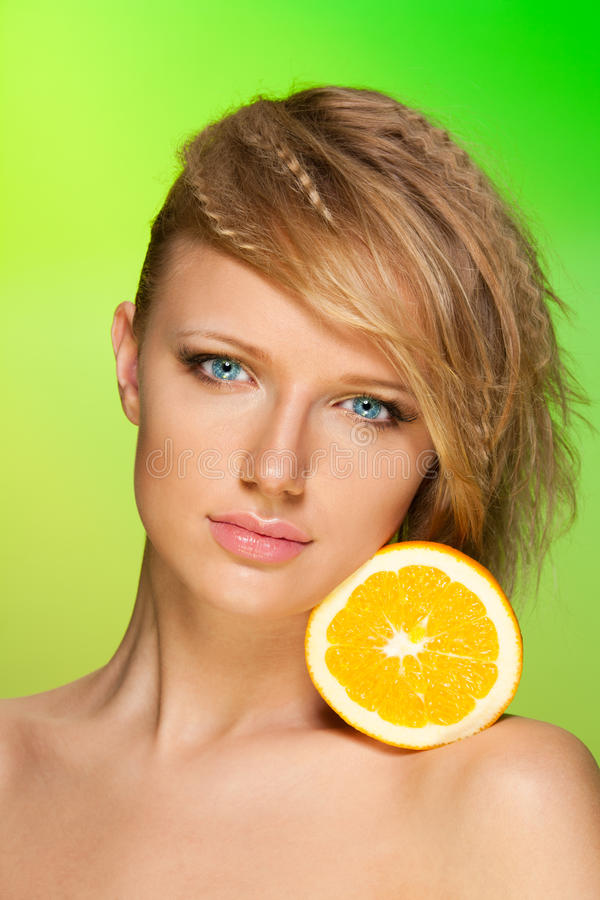 Het portret van de schoonheid met fruit royalty-vrije stock fotografie