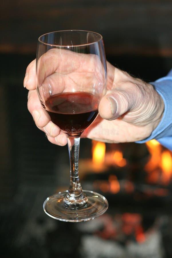 Het proeven van een glas wijn stock afbeeldingen