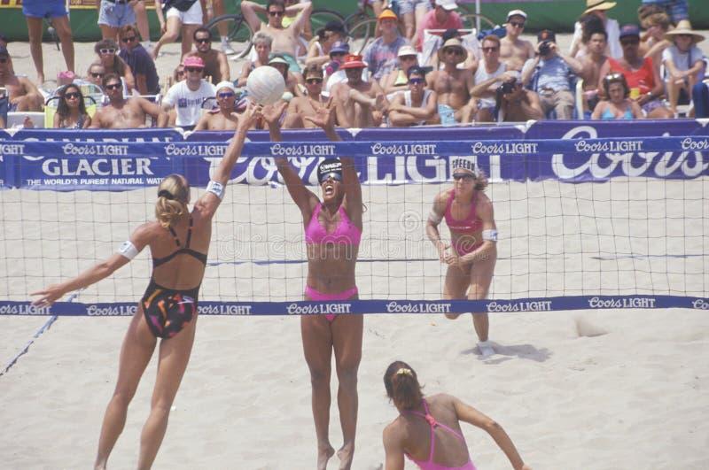 Het Professionele Volleyball van de Lichte Vrouwen van Coors, royalty-vrije stock foto