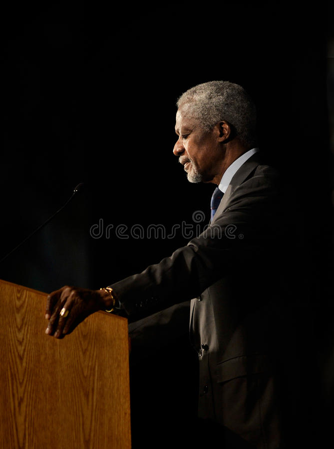 Het profiel van Kofi Annan stock fotografie