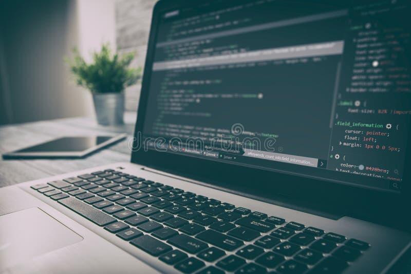 Het programma van de codagecode verwerkt gegevens de codeur ontwikkelaarontwikkeling ontwikkelt stock afbeelding