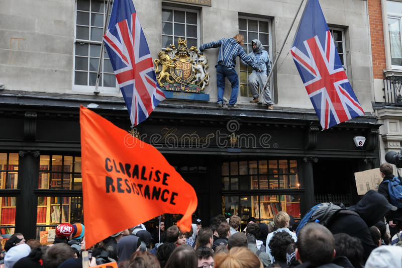 Het Protest van anti-besnoeiingen in Londen royalty-vrije stock afbeelding