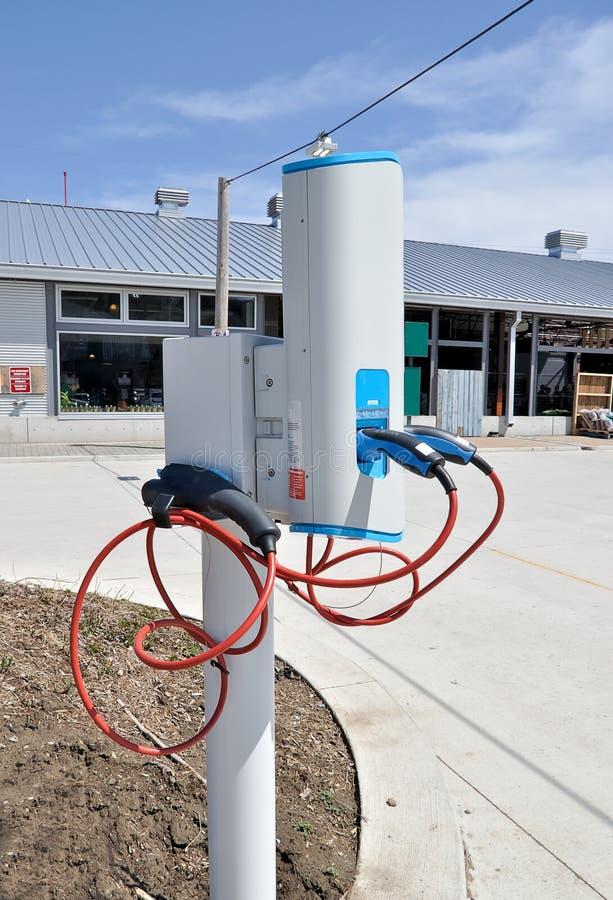 Het punt van de last voor elektrische auto stock foto