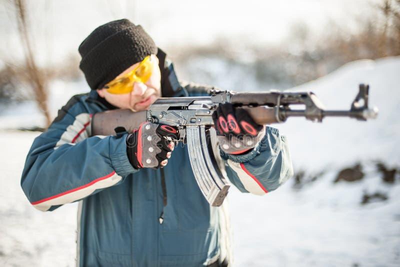 Het puntriffle van het vooraanzichtkanon machinegeweer Het schieten en wapens royalty-vrije stock foto
