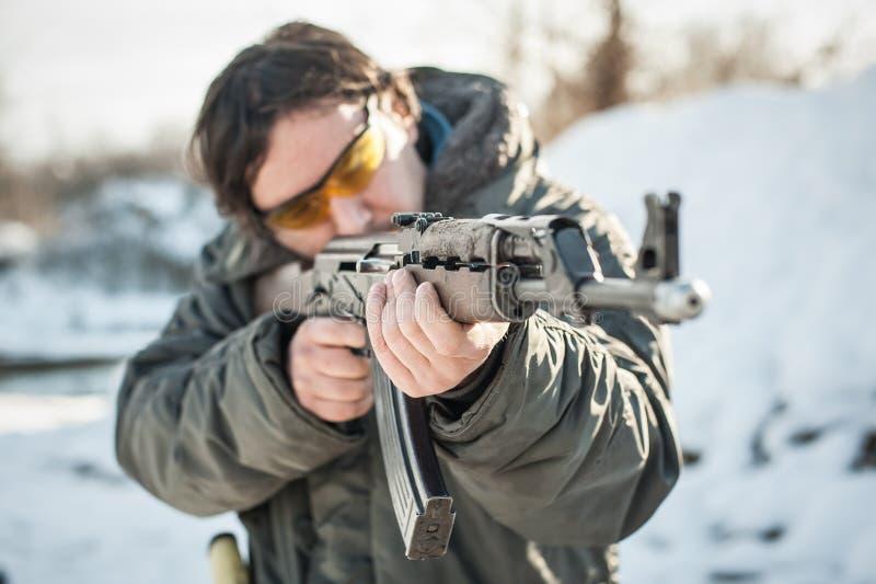 Het puntriffle van het vooraanzichtkanon machinegeweer Het schieten en wapens royalty-vrije stock foto's