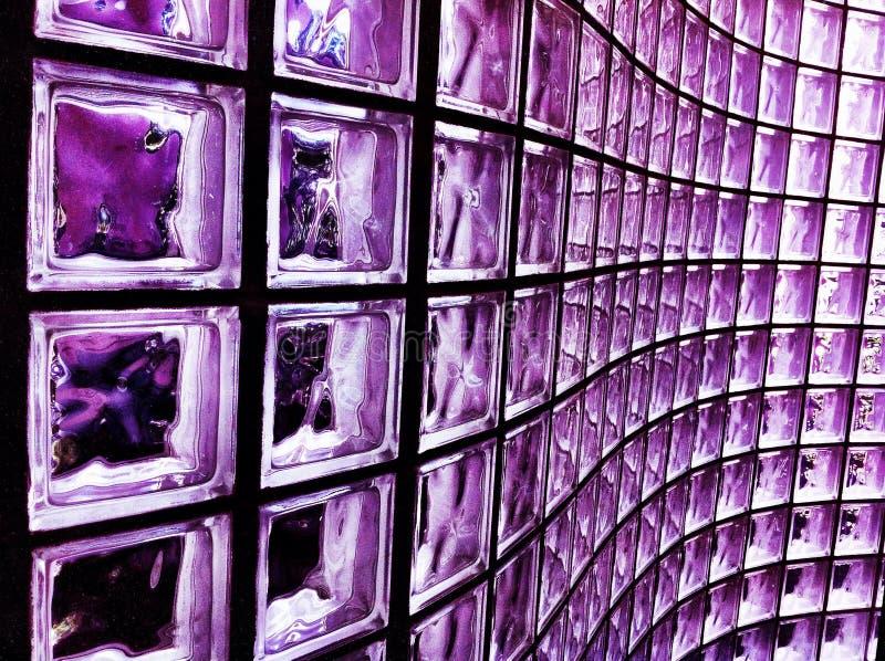 Het purpere Blok van het Glas royalty-vrije stock afbeelding
