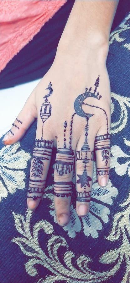 het ramadan speciale huwelijk van het mehndiontwerp ook stock foto