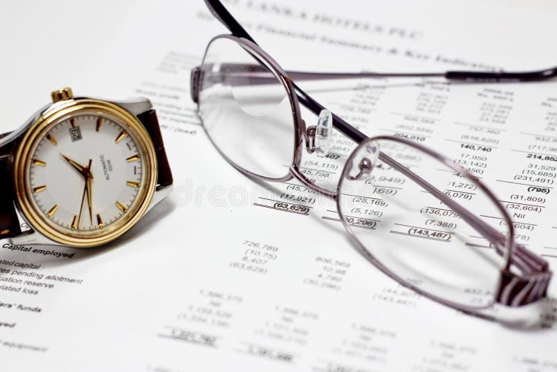 Het rapport van financiën stock afbeeldingen