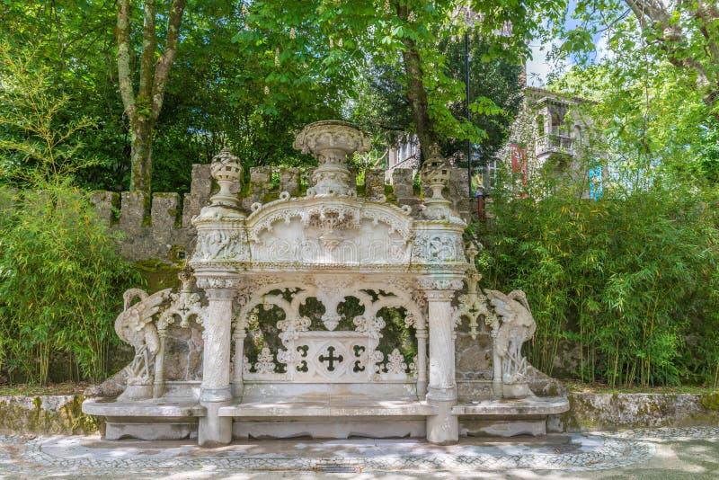 Het Regaleira-Paleis ( genoemd geworden Quinta da Regaleira ) in Sintra stock fotografie