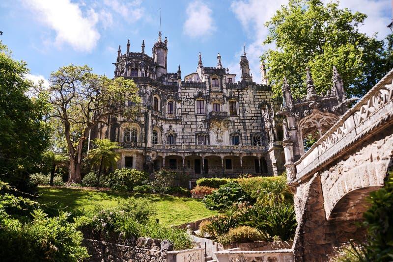 Het Regaleira-Paleis in Sintra stock foto's