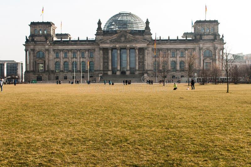 Het Reichstag-gebouw in Berlijn stock afbeelding
