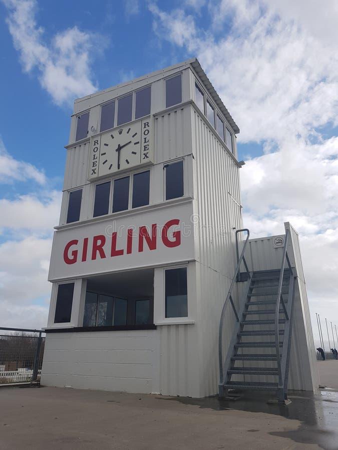 Het rennen van de toren van de kringscontrole in Goodwood stock foto's
