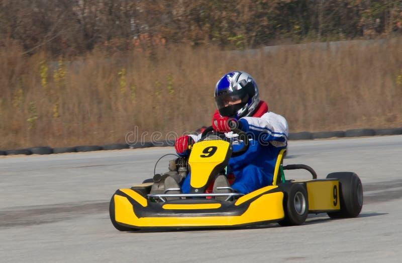 Het Rennen van Kart stock afbeeldingen