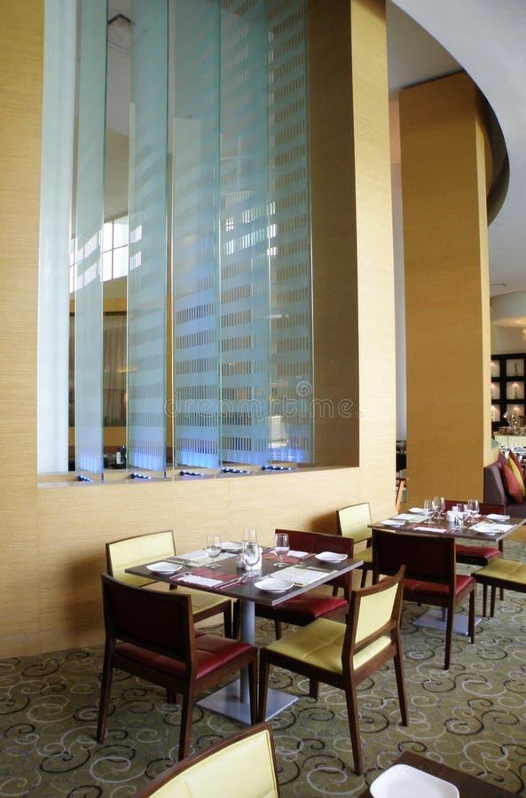 Het restaurant van Upscale het plaatsen royalty-vrije stock afbeelding