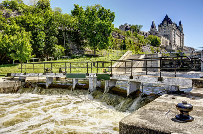 Het Rideau-Kanaal in Ottawa stock foto's