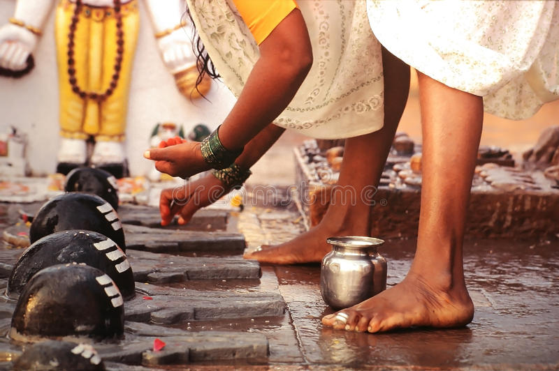 Het ritueel van Puja in Varanasi royalty-vrije stock afbeelding