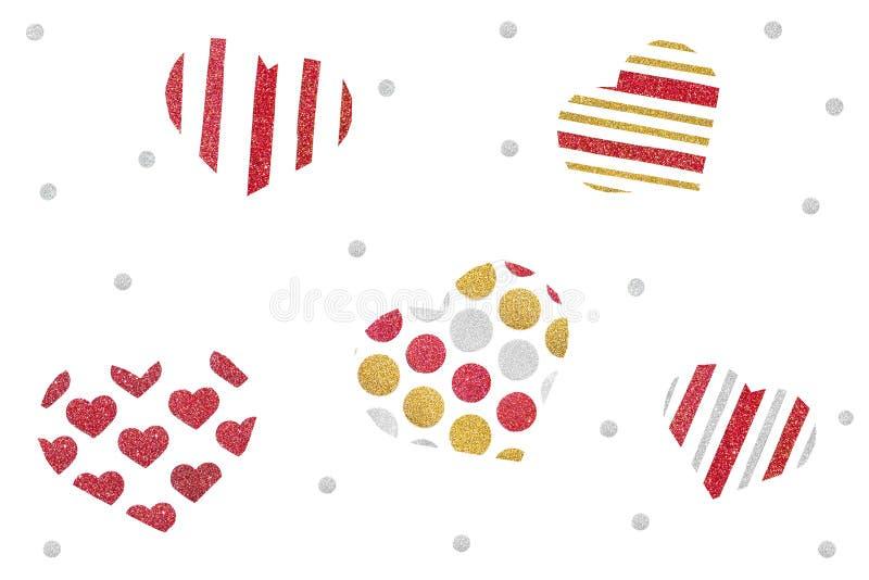 Het rode die goud en het zilver schitteren het document van de hartverspreiding op witte achtergrond wordt gesneden stock foto's
