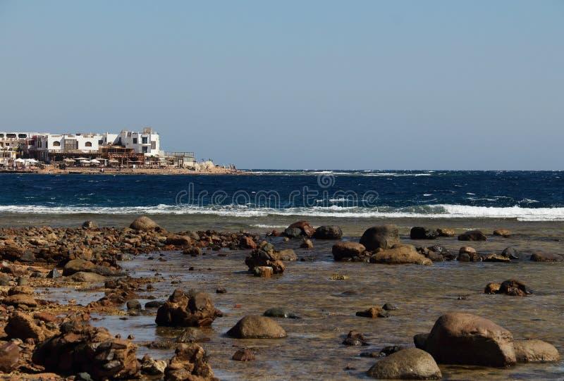 Het rode overzees in Dahab van Egypte stock fotografie