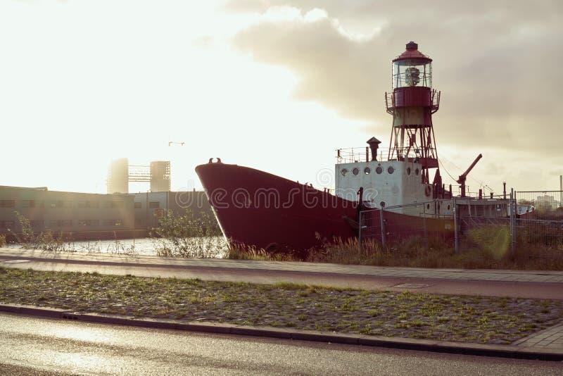Het rode schip royalty-vrije stock foto