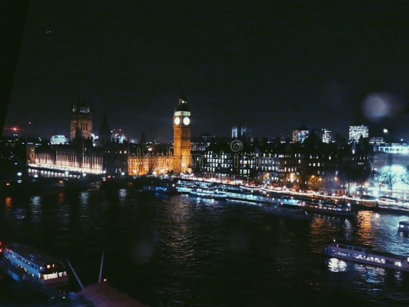 Het Roepen van Londen stock fotografie