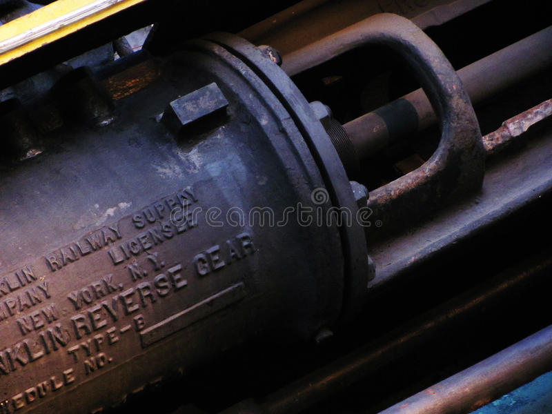 Het roestige oude detail van de treinmotor stock afbeelding