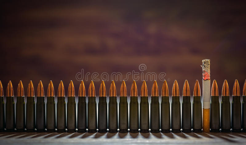 Het roken doden Conceptueel beeld stock fotografie