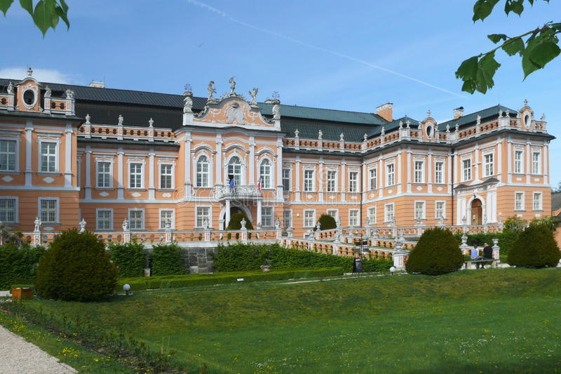 Het romantische kasteel in de Tsjechische Republiek royalty-vrije stock foto's
