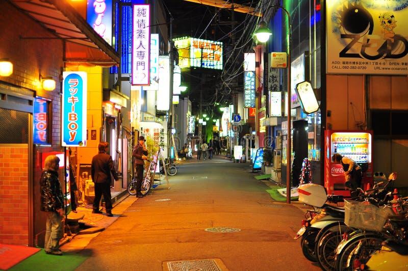 Het rood lichtdistrict van Nakasu in Fukuoka Japan stock afbeeldingen