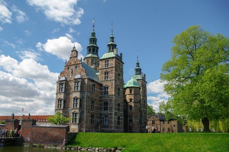 Het Rosenborgkasteel is een renaissancekasteel in het centrum o wordt gevestigd dat stock afbeelding