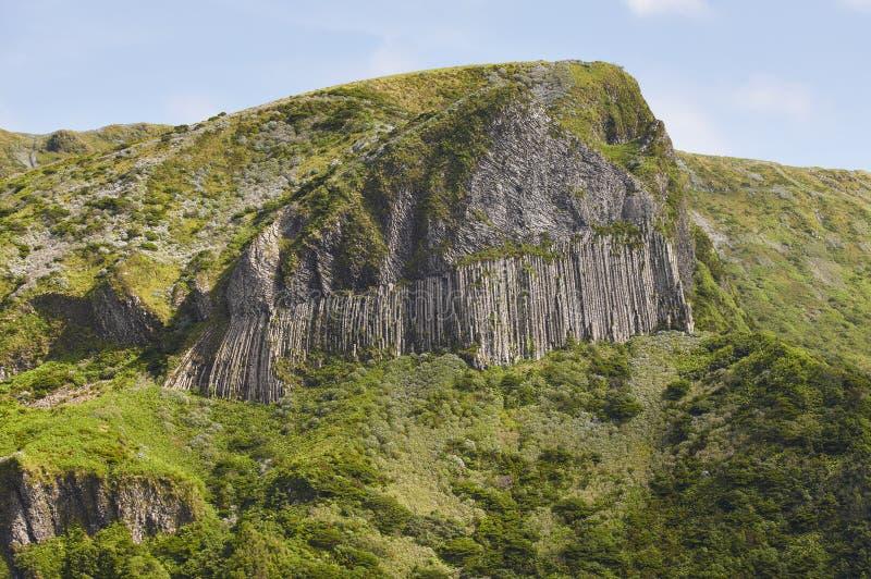 Het rotsachtige landschap van de Azoren in Flores-eiland Rochados Bordoes Haven stock fotografie