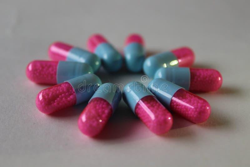Het roze, Drug, Pil, sluit omhoog royalty-vrije stock afbeelding